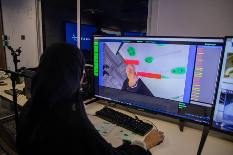 Lockheed Martin Interns Showcase New AI Solution for Aircraft Inspection to Tawazun and EDGE