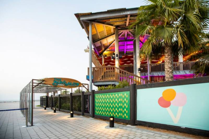 Stay At Rove La Mer Beach & Get AED 200 Daily Credit To Dine Around La Mer's Coolest Outlets