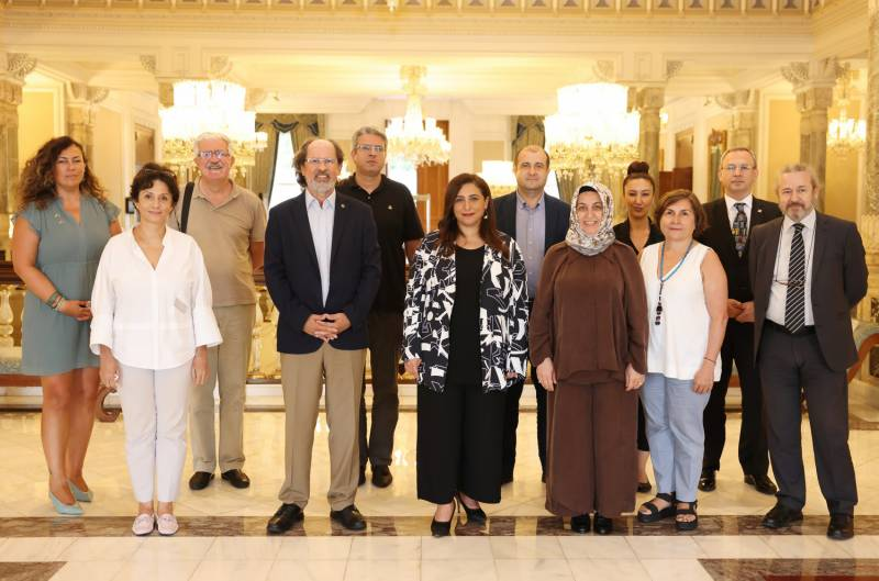 Bodour Al Qasimi meets members of Turkish Publishers Association as part of IPA's global meeting series