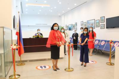 Philippine Ambassador Leads Inauguration of Passport Renewal Facility in Abu Dhabi on Philippine Independence Day