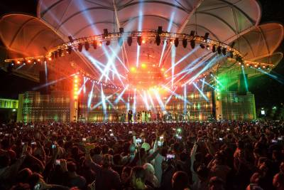 Global Village signs sponsorship with Emirates and Jumeirah Group to help deliver the largest virtual rock concert in history