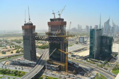 Ithra Dubai Marks Another Milestone with The Link Now Lifted to its Final Position 100 Meters Above Ground Level