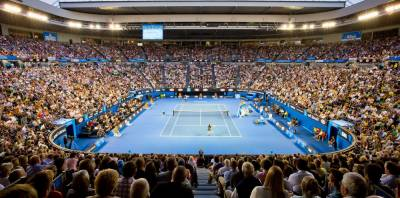 Australian Open: Tennis stars begin arriving in Adelaide