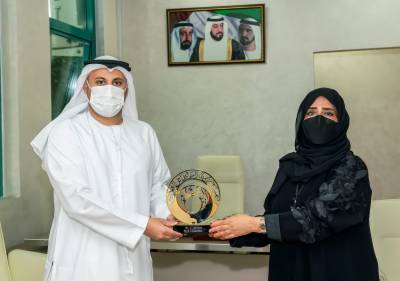 Shurooq praises selfless efforts of Covid-19 front-liners at Sharjah's Kuwait Hospital