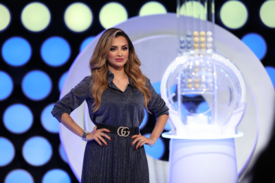 Two big winners score AED 500,000 each from Mahzooz