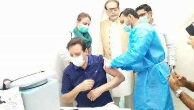 Javed Sheikh's turn also came for corona vaccine
